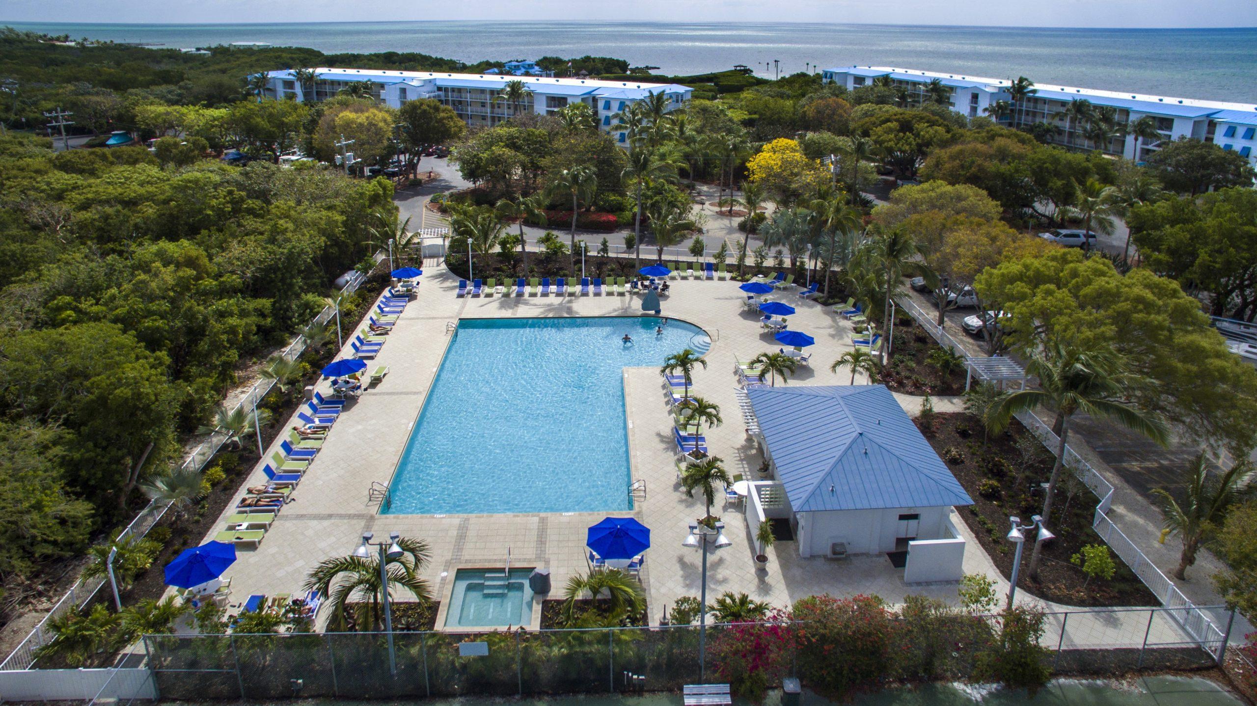 Ocean Pointe Suites Pool Area | Scuba-Fun Florida